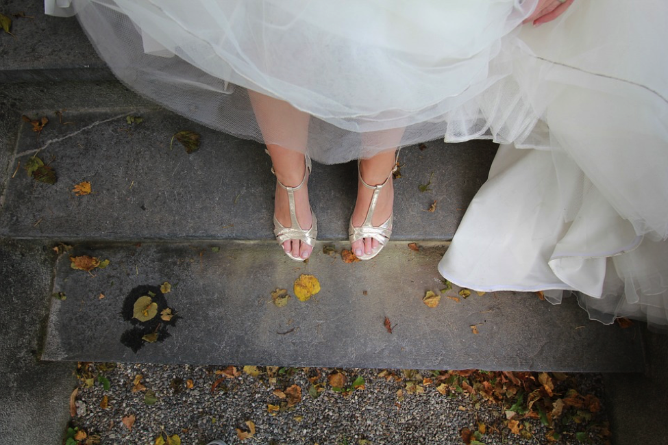 The Ultimate Guide To A Home Wedding