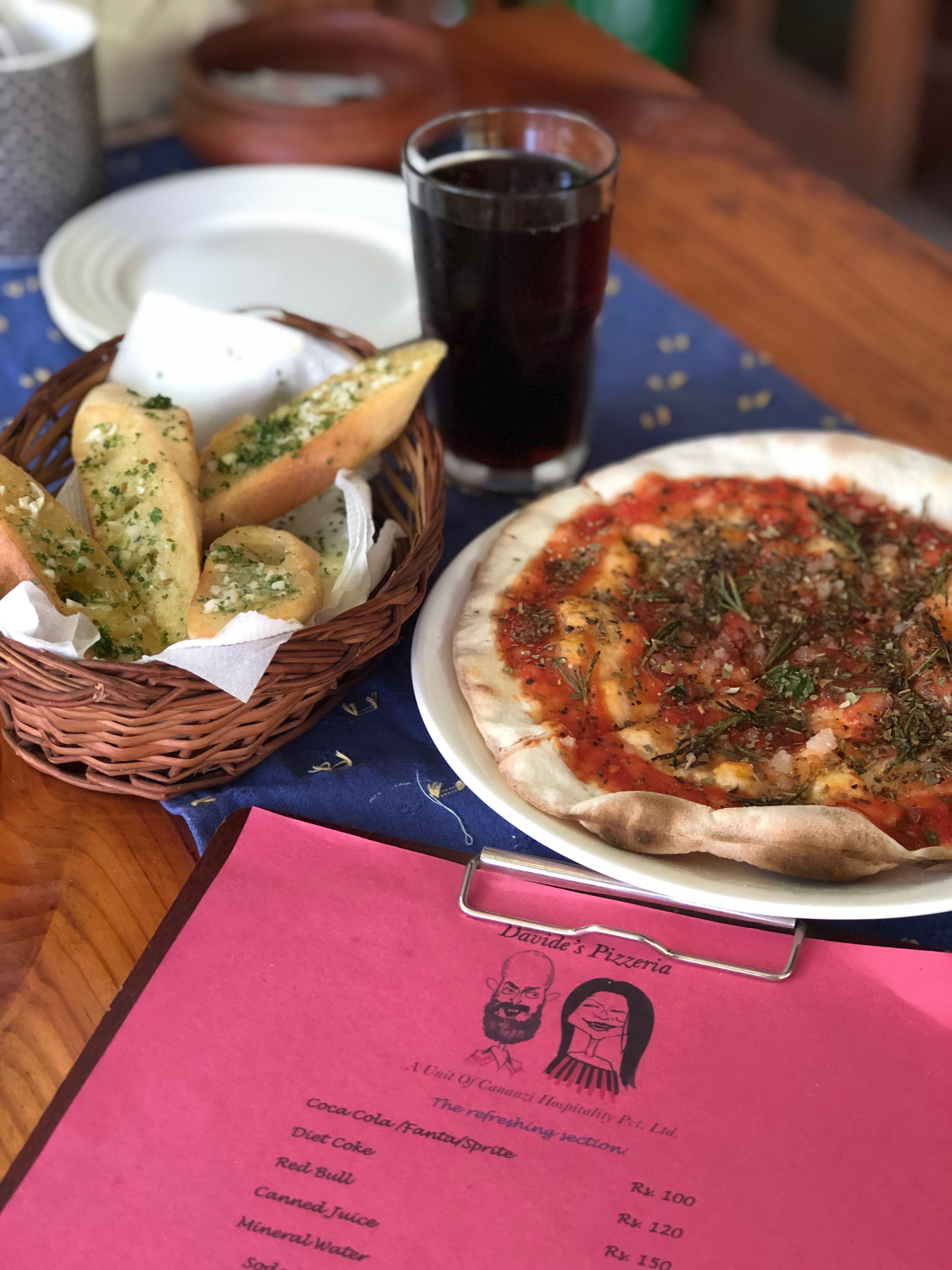Wanna Have The Best Pizza In Goa, Davide's Pizzeria Is Your Go To Place!