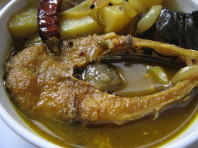 Holood Jhol (Yellow Fish Curry) by Chef Arjun!