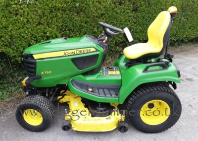 John Deere X750 Ride On Mower £8,250
