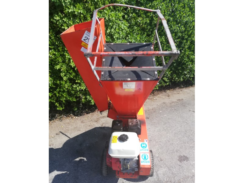 Used Camon C80 Petrol Chipper/Shredder for sale in the UK