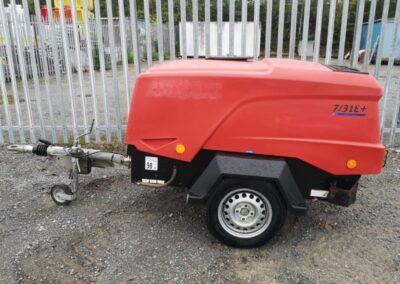 Doosan 7/31E + Compressor £5,250