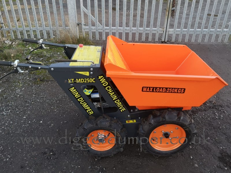 New Rhinoceros XN08 Micro Digger & 4WD Mini Dumper Combination Package Offer