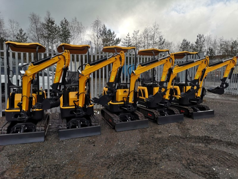 Rhinoceros LM10 1 Tonne Mini Diggers with 3 buckets for Sale