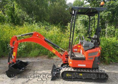 Oulide W18-5 Mini Digger £12,750
