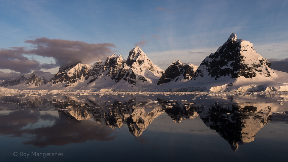 Antarctic landscape - D810, 24-70mm, 1/400 sec, f/8 @ ISO 320