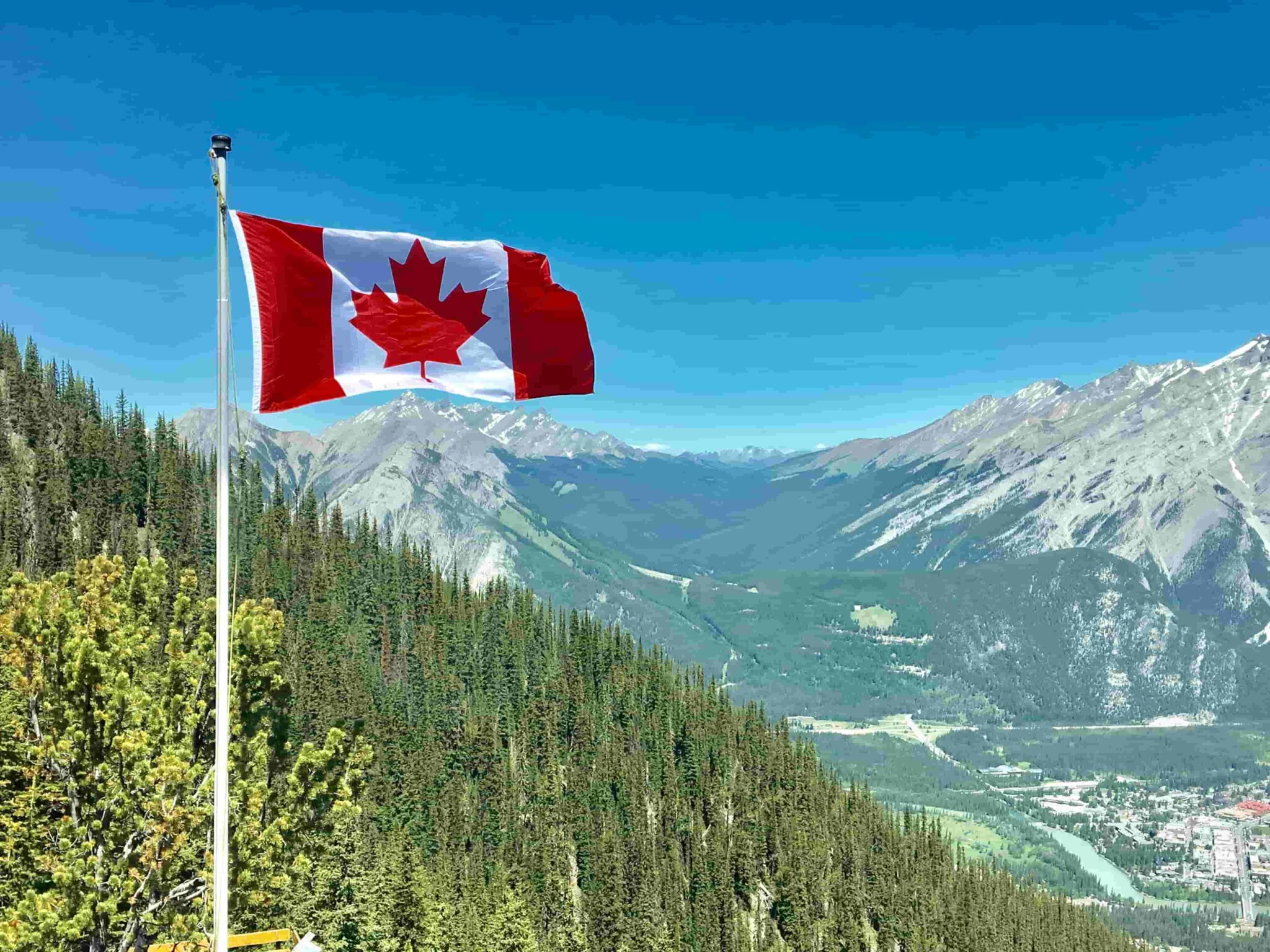 How can foreign nurses work in canada?