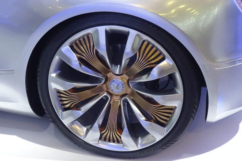 Mercedes (4)-min