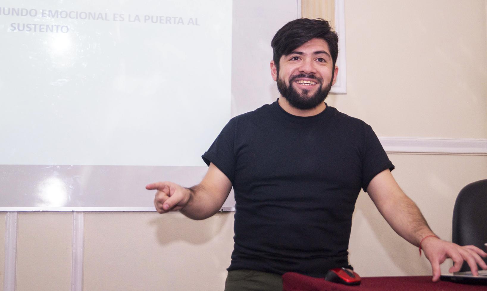 Esteban Acuña – Sustento y Abundancia