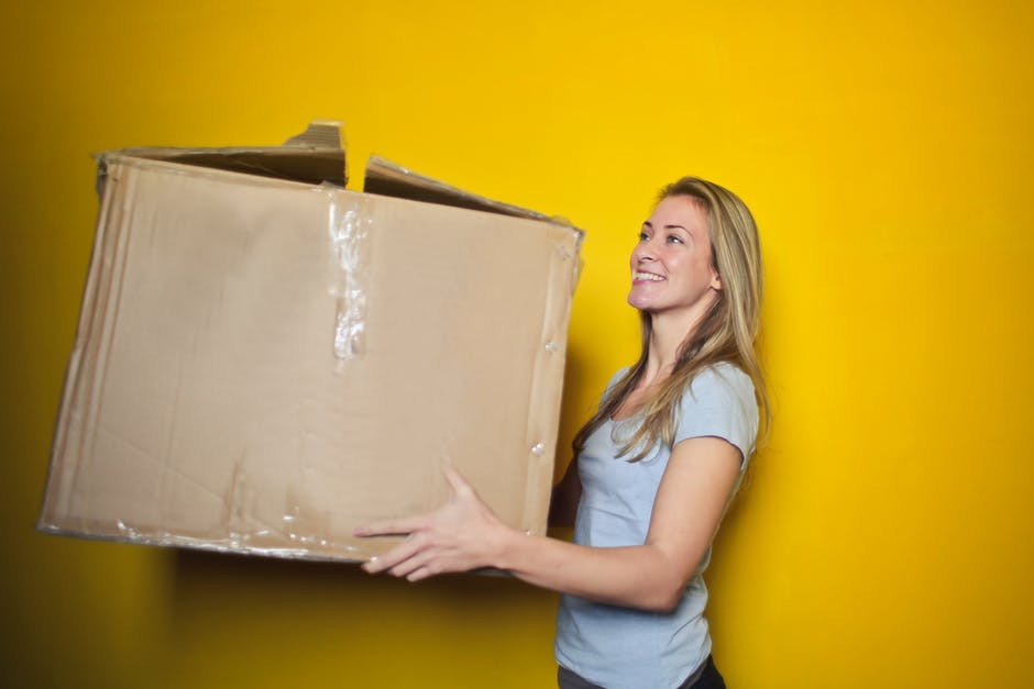 Furniture Tips for Moving Across the Country: What to Take, Sell, and How to Do It