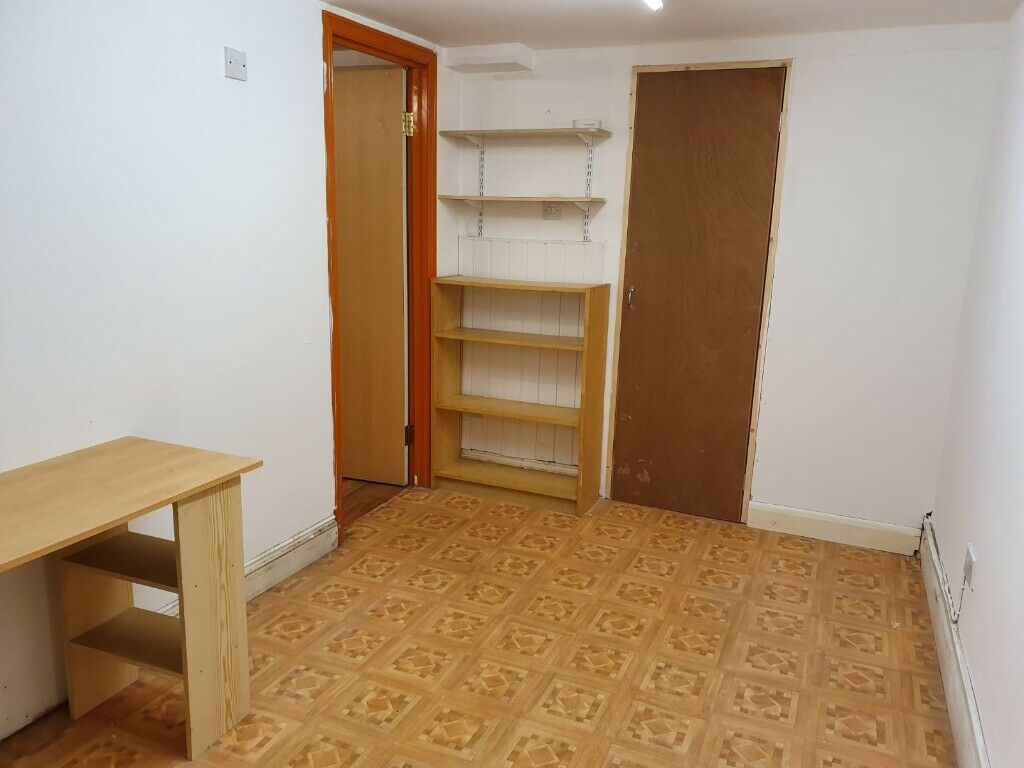 Two Bedroom Flat in Dalston