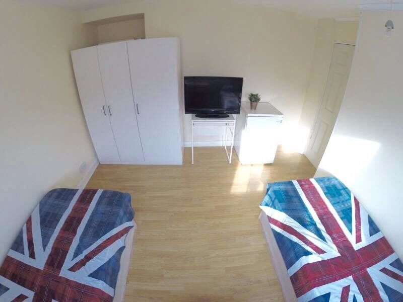 Twin Room 180p/w (90 each) @ 7Sisters Station