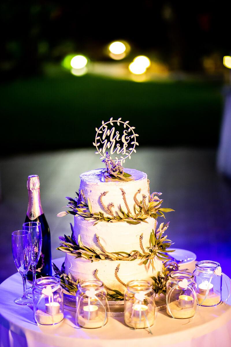 Wedding cake evening wedding party