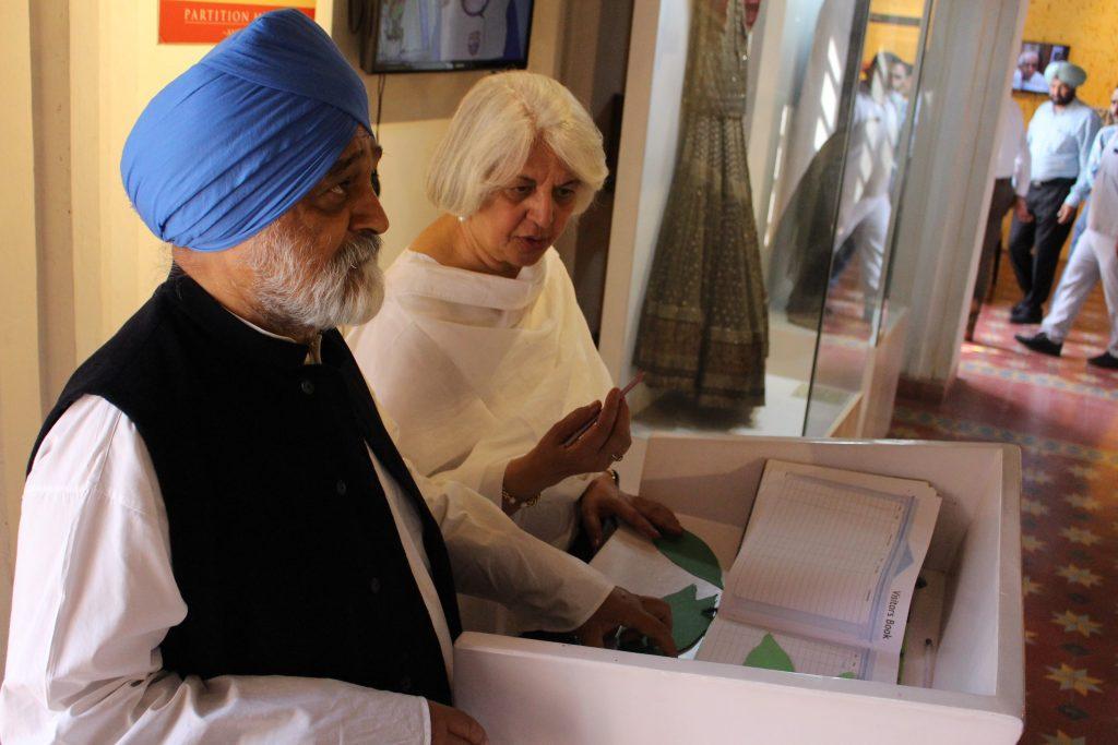 Montek Singh Ahluwalia and his wife Isher Judge Ahluwalia