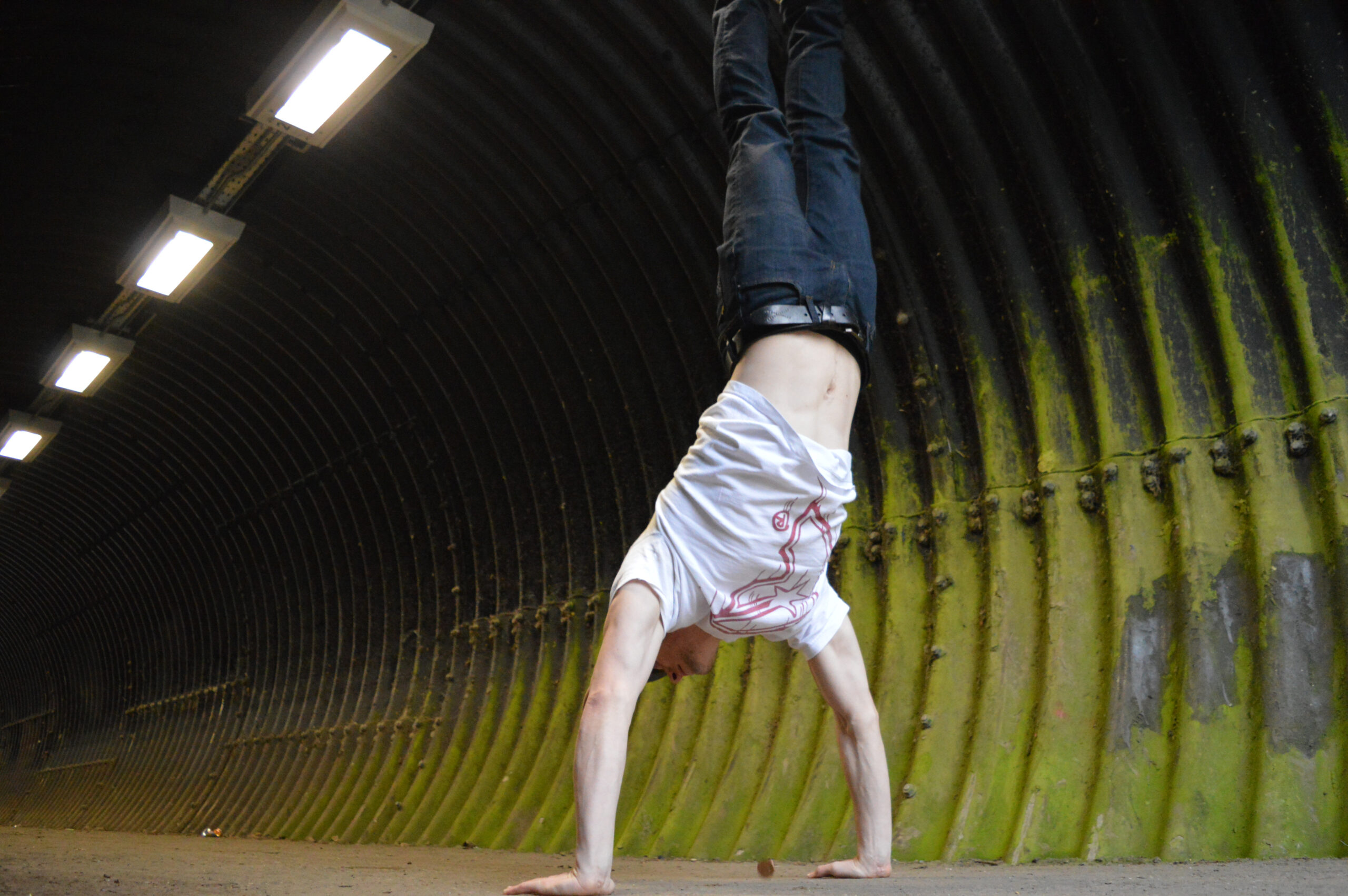 Handstand Different Training Methods More Than Lifting