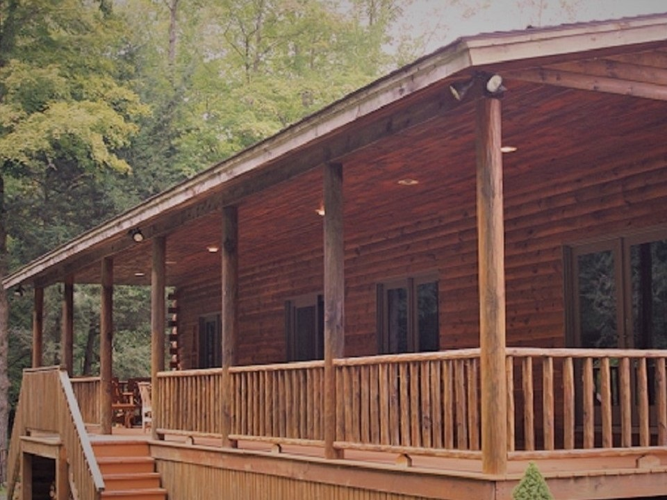 Lodges Main Entrance