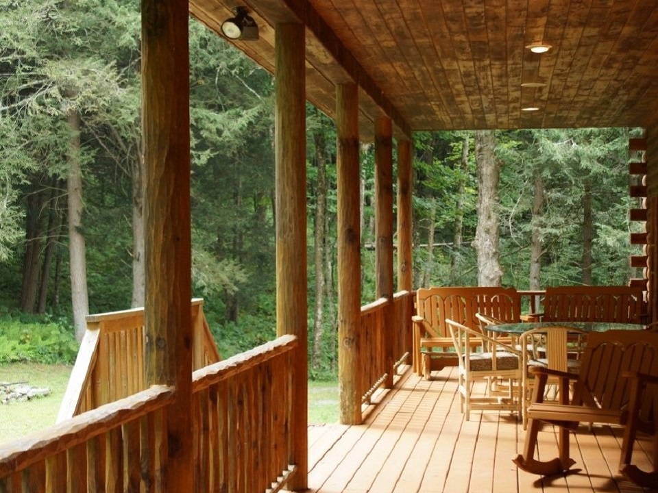 The Lodges Deck