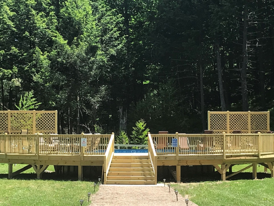 26' Pool with deck