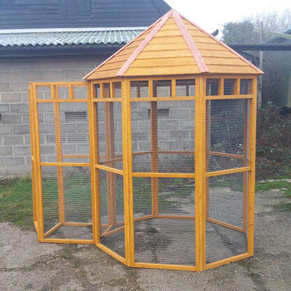 Octagonal Aviary with Safety Porch, Golden Chestnut