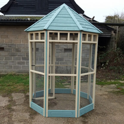Octagonal Aviary with 150mm kickboard - Blue and Cream