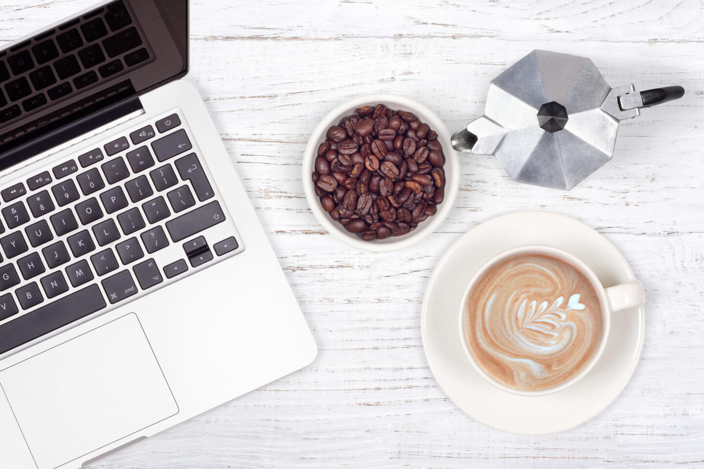 5 Tips For Managing Your Blog While Working Full Time || Blogging