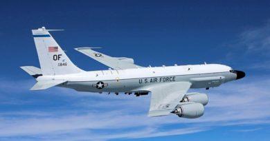 Boeing RC-135V tipi istihbarat uçağı