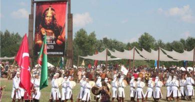 Atalar Günü-Büyük Hun Kurultayı