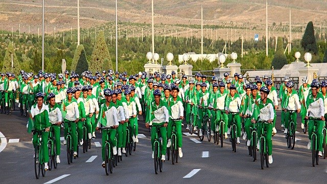 Türkmenistan'da Dünya Bisiklet Günü etkinlikleri