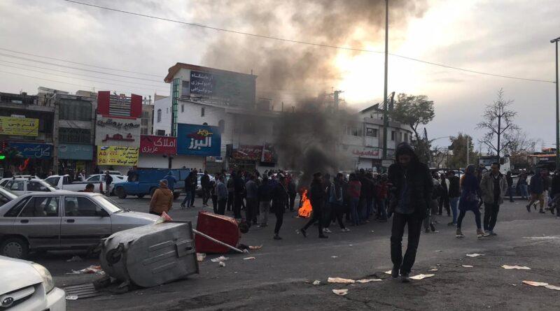 İran'ın Karabağ siyaseti Tebriz sokaklarını zorluyor