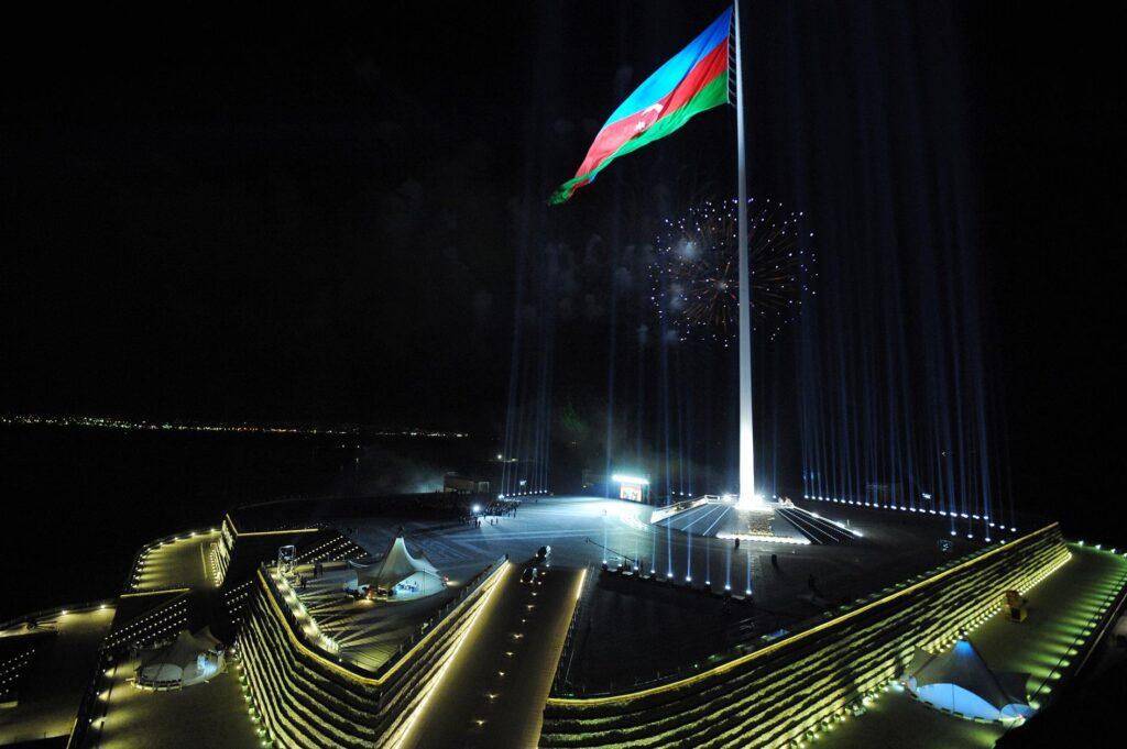 azerbaycan-bayrac
