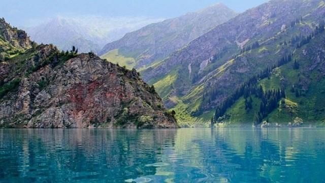 Sarı Çelek Gölü