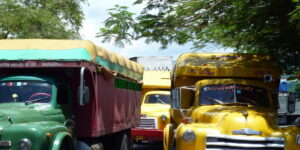 Cuban camiones |Spanish travel and tourism translation services