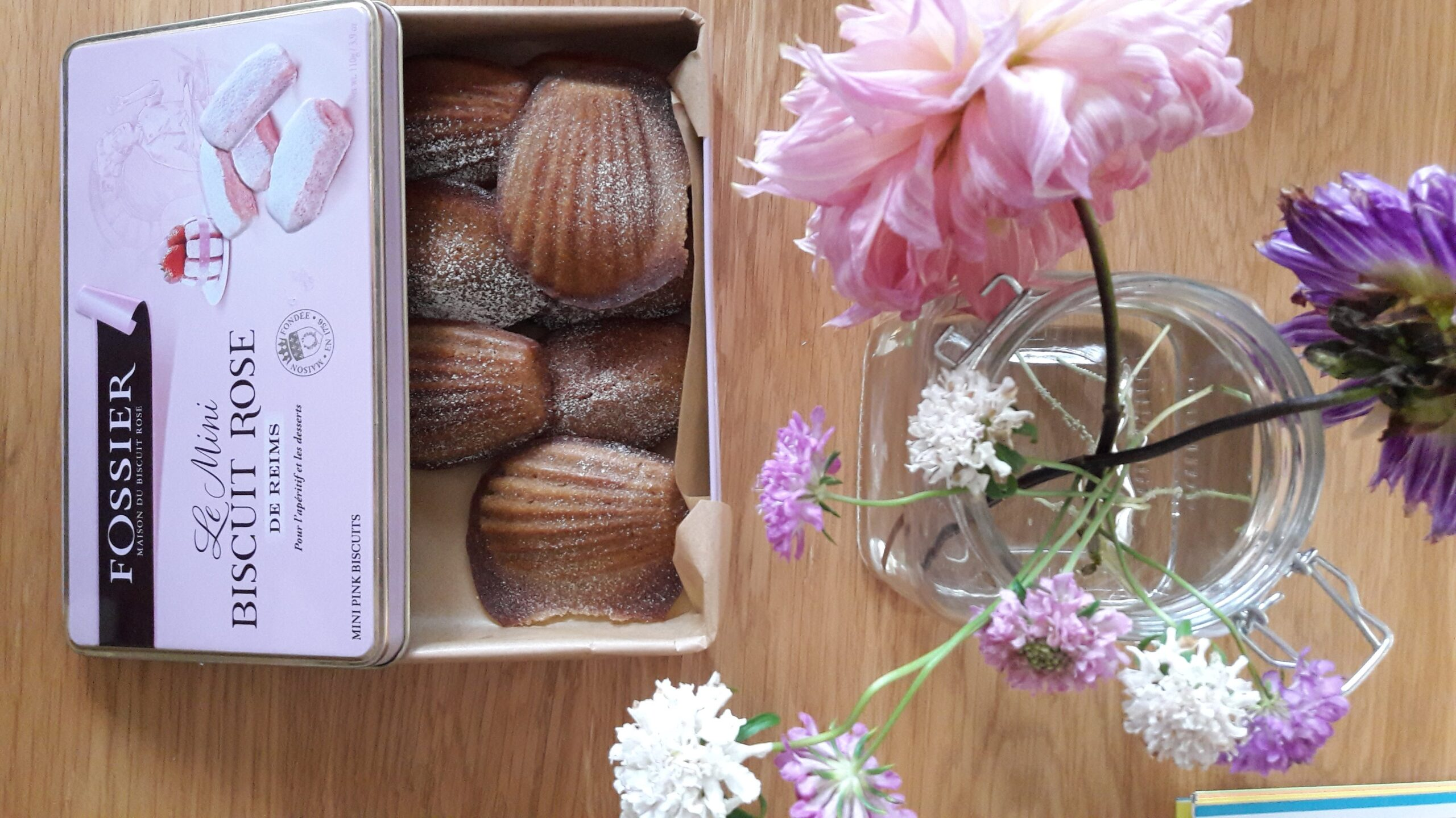 Madeleines in a tin | Recipe translation