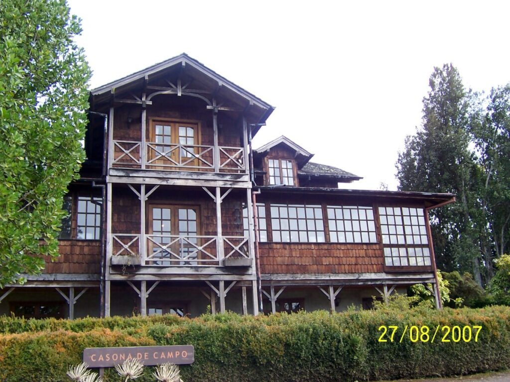 Colonial house in Frutillar, Chile | Spanish translation services for the tourism industry