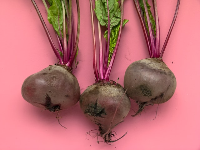 Read more about the article Beetroot, Fennel & Pomelo Spring Salad