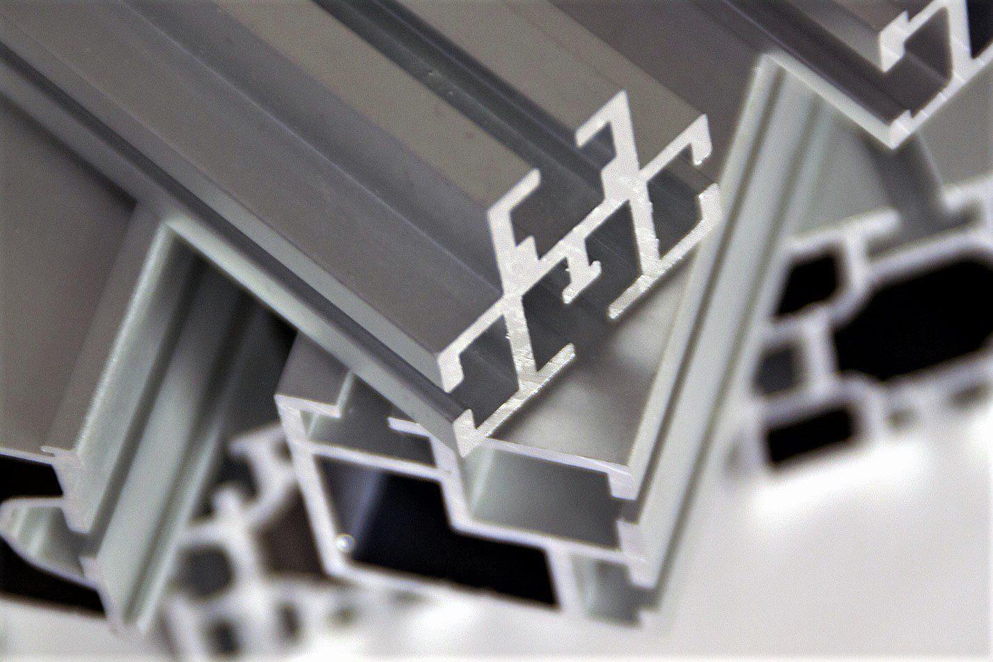 Alumiiniprofiilit