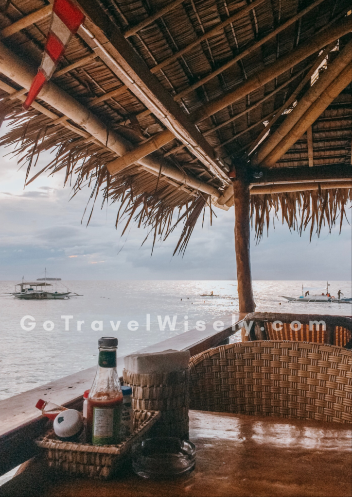 beachfront, bar, Moalboal, Cebu