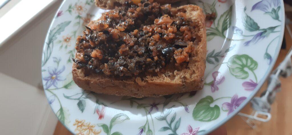 vegan carrot olive crostini recipe