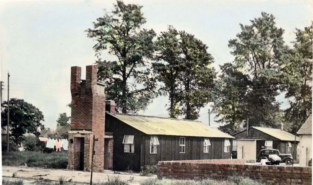 00206-pow-the-huts- WW2 Gallery