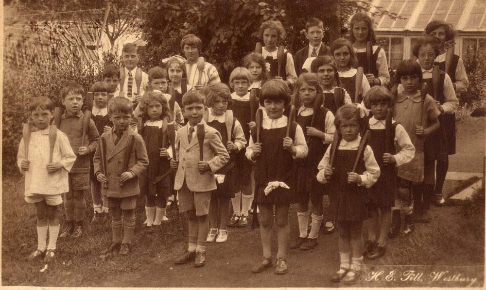 00211-schools-Bella-Vista - Education Gallery