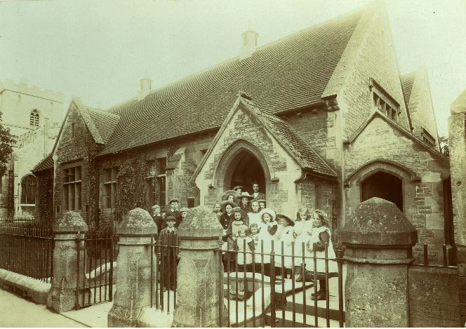 00215-Churchyard-school-early-20c - Education Gallery