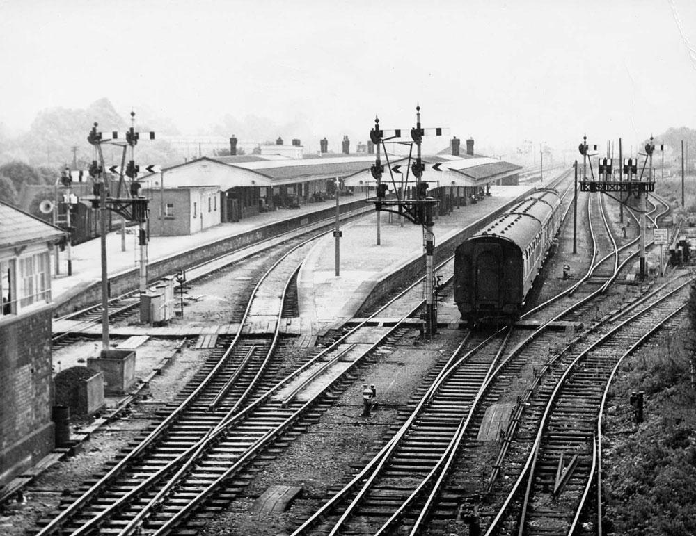 00232-station- - Railways - Station Road & Ironworks