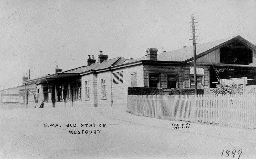 00240-railway-GWR-1899 - Station Road & Ironworks