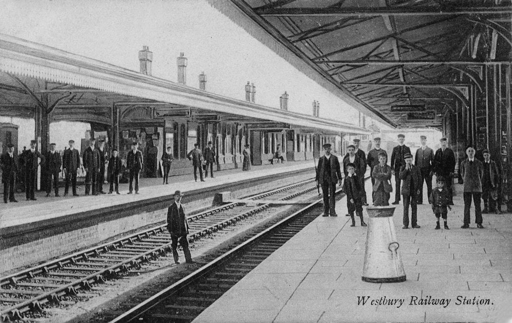 00247-station-early-1900s - Station Road & Ironworks