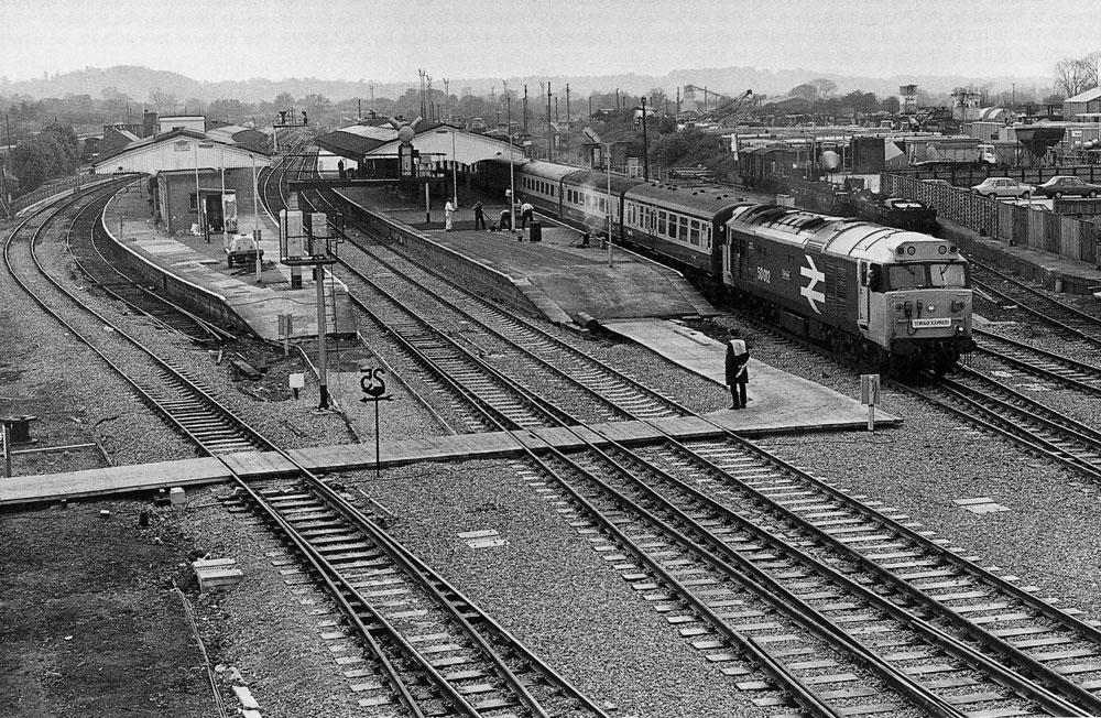 00250-station - The Railways - Station Road & Ironworks