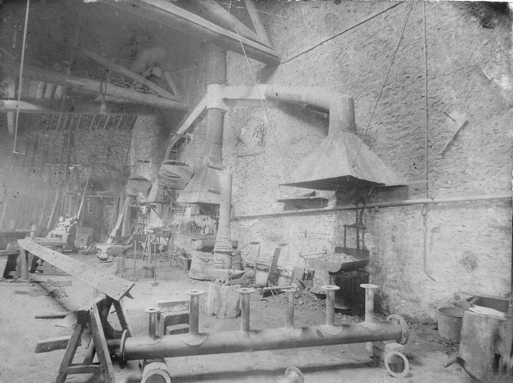 00256-ironworks-workshop - Station Road & Ironworks
