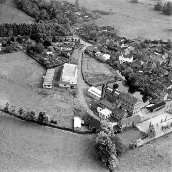 00304-w.leigh-boultons-aerial- Mills