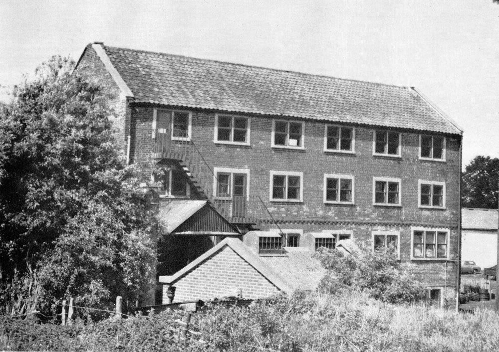 00331-w.leigh-tanyard-mill- Mills