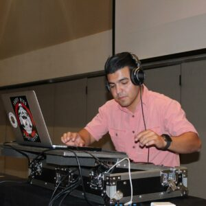 DJ Oscar in the mix