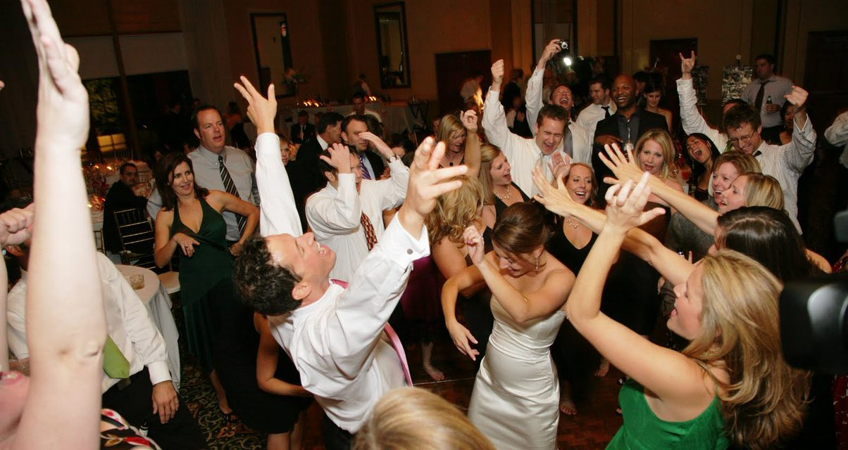 Make your wedding a dream come true on the dance floor